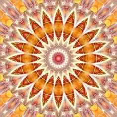 Aktion: Bestellen Sie ein Wandbild auf Alu-Dibond und erhalten Sie einen Tischkalender gratis!  Poster Mandala spirituelle Freiheit - © Christine Bässler - Bildnr. 489775