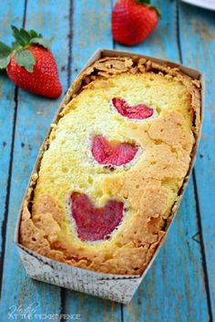 Strawberries and Cream Pound Cake 15 #Delicious Pound #Cake #Recipes | Yummy Recipes