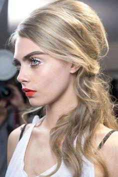 Style Stalker File- Cara Delevigne »
