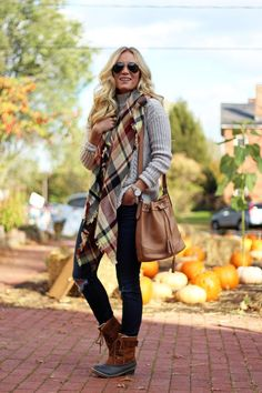 STYLE // Turtleneck Sweater + Bean Boots