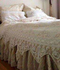 Camera da letto shabby shic - Copriletto shabby chic