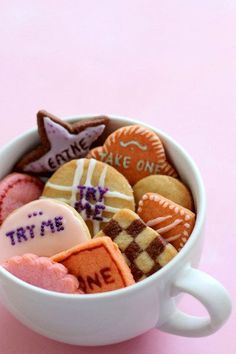 Replicate the magical cookies from Alice in Wonderland.