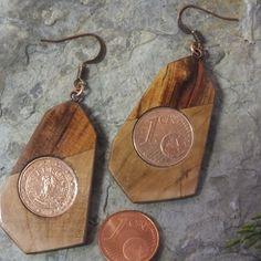 Wildkirsche und Wildkirsche gestockt mit 1 Cent Münzen eingelegt Drop Earrings, Jewelry, Schmuck, Ballpoint Pen, Cherries, Arts And Crafts, Timber Wood, Jewlery, Jewerly