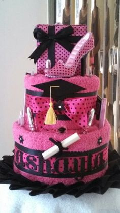 Graduation towel cake