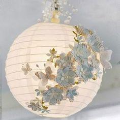 Une lampe boule romantique