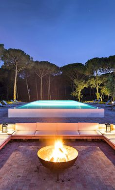 A contemporary country retreat with a spa and family villas, hidden among pine trees a short drive from excellent beaches Best Boutique Hotels, Best Hotels, House In The Clouds, Country Boutique, Hotels Portugal, Country Hotel, Weekend House, Luxury Spa, Spain And Portugal