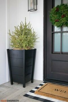 How to Build Modern Tapered Planters DIY - 18 planting Outdoor planters ideas Diy Planters Outdoor, Tall Planters, Indoor Plant Pots, Modern Planters, Planters For Front Porch, Tall Planter Boxes, Diy Wood Planters, Plants For Front Door, Large Diy Planters