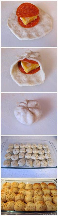 Easy Pepperoni Rolls | FoodJino
