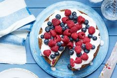 Berry Tart with Cream Cheese Filling