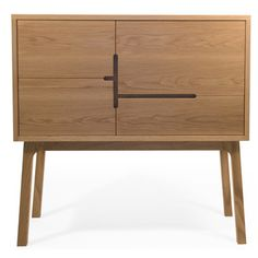 Discover the best es-cabinet.html products on Dwell : Pinned for the handle detail, nothing else. Furniture Handles, Plywood Furniture, Cabinet Furniture, Cool Furniture, Furniture Design, Office Furniture, Deco Design, Wood Design, Muebles Living