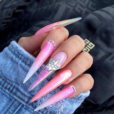 Pink Chrome stiletto nails Glitter Ombré nail art design Summer nails by MargaritasNailz 🌸🌸 Nails Yellow, Pink Nails, Gel Nails, Manicure, Acrylic Nails, Stiletto Nails Glitter, Sparkle Nails, Nailart, Metallic Nail Polish