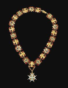 Ordre du Saint-Esprit, collier et croix en or émaillé du début de l'époque Restauration, Paris, le collier attribué à Jean-Charles Cahier, provenant probablement de Ferdinand d'Orléans (1810-1842), alors duc de Chartres