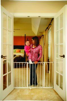 Amazon.com: Regalo Easy Open Expandable 52 Inch Super Wide Walk Thru Gate - White: Baby