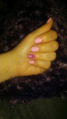 Rosa med leopard