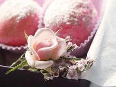 La vie en rose....rose water scented truffles, Recipe Petitchef