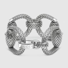 Gucci Horsebit bracelet in sterling silver with rhodium plating featuring the Diamante pattern.