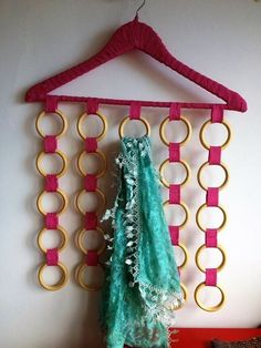 You Will Enjoy fabric With These Helpful Suggestions Curtain Rings Crafts, Diy Home Crafts, Arts And Crafts, Motif Mandala Crochet, Diy Para A Casa, Diy Clothes Hangers, Hanging Scarves, Ring Crafts, Sewing Projects For Beginners