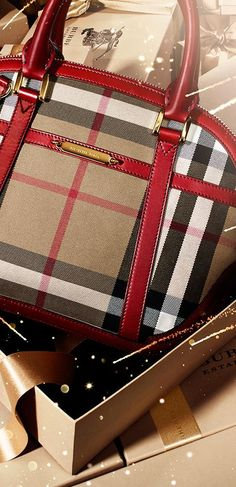Gifts for her - The Orchard bag in iconic check from the Burberry Lunar New Year collection