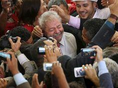 Um líder astuto na transmissão de suas ordens e na busca por informações, manipulador e conspirador, machista e desbocado. Esse o Lula que agora todos conhecem.18/03/2016.
