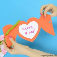 DIY Rolled Paper Roses Valentines Day or Mother's Day Card - Easy Peasy and Fun Valentine's Day Crafts For Kids, Valentine Crafts For Kids, Fathers Day Crafts, Valentines Diy, Bear Crafts, Craft Stick Crafts, Craft Ideas, Lion Craft, Father's Day Diy