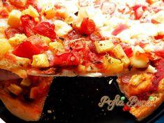 Pizza cu ananas Hawaiian Pizza, Pepperoni, Food, Pineapple, Essen, Meals, Yemek, Eten