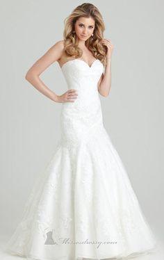 Allure Bridals Romance 2555