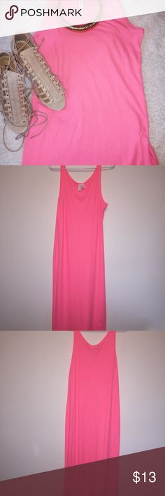 Neon pink bodycon dress Sexy neon form fitted hot pink dress. (new and never worn) H&M Dresses Midi