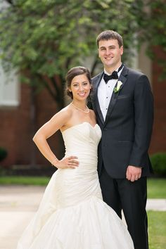Real Wedding: Rachel+Bryan | Dress: Lea-Ann Belter Tatiana via Brides by the Falls | Image: Rentham Photography