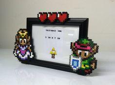 Legend of Zelda Perler Bead Frame par TriforceInk sur Etsy