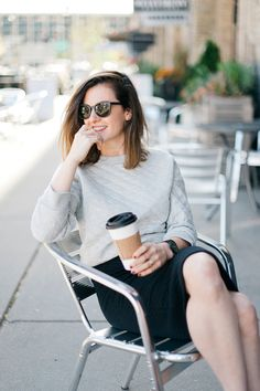 Wit and delight - Quilted Perfection Graphic designer and Wit & Delight blogger Kate Arends relaxes on a day off in her Gap quilted sweatshirt. The comfortable and flattering cut of the sweatshirt makes it a perfect layering piece for the season.