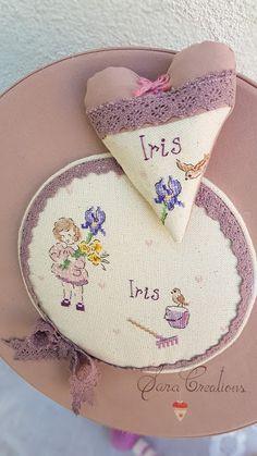 Sara Creations - inimioara cu lavanda si cutie amintiri, personaliate cu broderie manuala