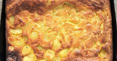 Hozzávalók:  1/2 kg burgonya, tésztához: 2 db tojás, 10 evőkanál liszt, ½ l tej, só.  1. A burgonyát meg... Weekday Meals, Pepperoni, Food And Drink, Bambi