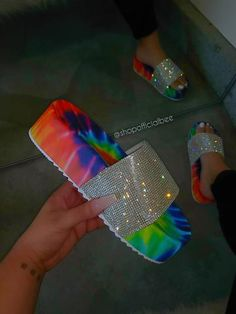 Platform Slip-On Flip Flop Rhinestone Summer Slippers – Keepuchic Cute Sandals, Black Sandals, Summer Sandals, Cute Slides, Summer Slippers, Cute Sneakers, Pretty Shoes, Look Fashion, Me Too Shoes