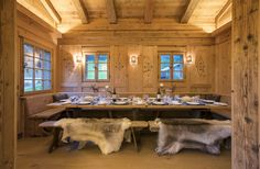Chalet Lauenen - Sophisticate, elegant and luxurious. An outstanding chalet in an idyllic location with panoramic views. Chalet Chic, Chalet Style, Alpine Chalet, Swiss Chalet, Swiss Alps, Chalet Design, Mountain Cottage, Mountain Homes, Mountain Cabins