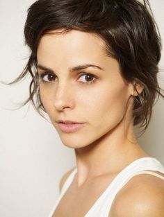 Stephanie Szostak - I like her hair