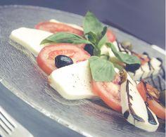 Salade de tomate mozzarella olive