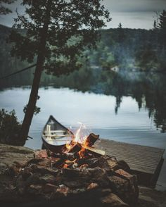 RV And Camping. Ideas To Help You Plan A Camping Adventure To Remember. Camping can be amazing. You can learn a lot about yourself when you camp, and it allows you to appreciate nature more. There are cheerful camp fires and hi Camping And Hiking, Camping Life, Camping Ideas, Canoe Camping, Camping Store, Luxury Camping, Backpacking, Camping Photography, Outdoor Photography