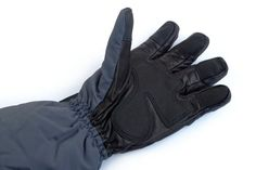 Heated ski gloves - Glovii