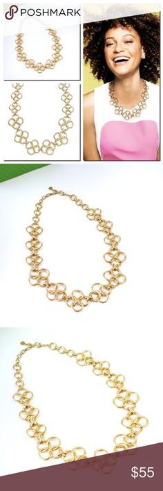 "Stella & Dot Crosby Link Gold Chain Necklace New in box A stunning Stella and Dot signature necklace. An updated and modern silhouette without sacrificing refined, transitional style. Gold Plated 20"" + 2"" Extender.  Lobster clasp closure. Stella & Dot Jewelry Necklaces"