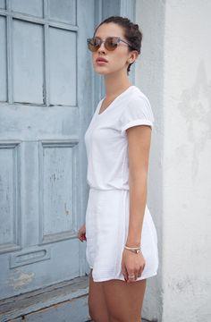 """Piadas como: """"mãe de santo"""" e """"Reveillon fora de época"""" estão fora de moda. A moda agora é o off white! Adoro!"""