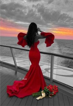 Lady in Red on a Cruise Ship. Color Splash, Color Pop, Colour, Splash Photography, Fashion Photography, Splash Images, Mode Glamour, Red Aesthetic, Shades Of Red