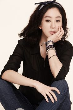 Jung Ryeo Won, Korean Actors, Actors & Actresses, Bell Sleeve Top, Blouse, Women, Asia, Style, Heart