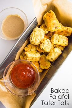 Flavorful baked falafel tater tots with tahini dressing. The perfect holiday side dish. Low FODMAP, vegan and gluten free! Fodmap Recipes, Vegan Recipes Easy, Healthy Baking, Healthy Snacks, Savory Snacks, Tapas, Baked Falafel, Holiday Snacks, Low Fodmap