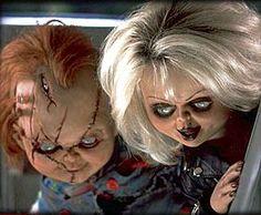 Por todo mundo bonecas assustadoras e bizarras são criadas para entreter (ou assustar…) as crianças. Trago hoje algumas sugestões de @iLecs via twitter de propagandas de bonecas assustadoras e bizarras que estão agora na estante ou na cama de crianças pelo mundo, como também outros vídeos de bonecas que também dão muito medo. Começando pelas [...]