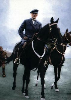 Mustafa Kemal Atatürk ~ another charismatic photo which was colored Republic Of Turkey, The Republic, Royal Family Portrait, Turkish Army, The Turk, Pics Art, Fathers Love, Great Leaders, World Leaders