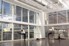 Learn about one of Chicago's most well-known cultural institutions from their rehearsal studios overlooking State Street. Joffrey Ballet, Rehearsal Studios, Masonic Temple, State Street, Open House, Skyscraper, Chicago, Tower, Burnham