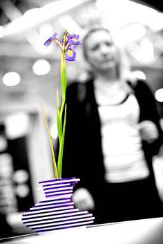 Vaso di design Lady Clay #plexiglas #vaso #design #designtrasparente #handmade #madeinitaly #flowerpot #plexiglass #plexiglas