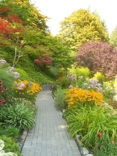 Butchart Gardens on Vancouver Island in Western Canada : Grows on You