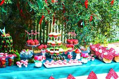 Little Big Company   The Blog: Enchanted Forest Themed Party by Your Unique Party