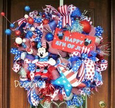 MINNIE MOUSE PATRIOTIC Wreath by decoglitz on Etsy